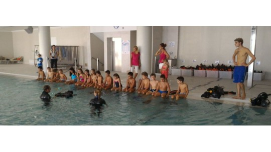 1° giorno di scuola subacqueo per la 4^  elementare di Taggì di Sotto